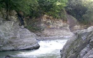 Небольшой карпатский водопадик в Шешорах