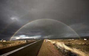 Пейзаж и радуга
